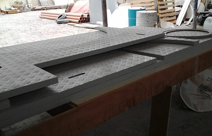 Grp checked plates